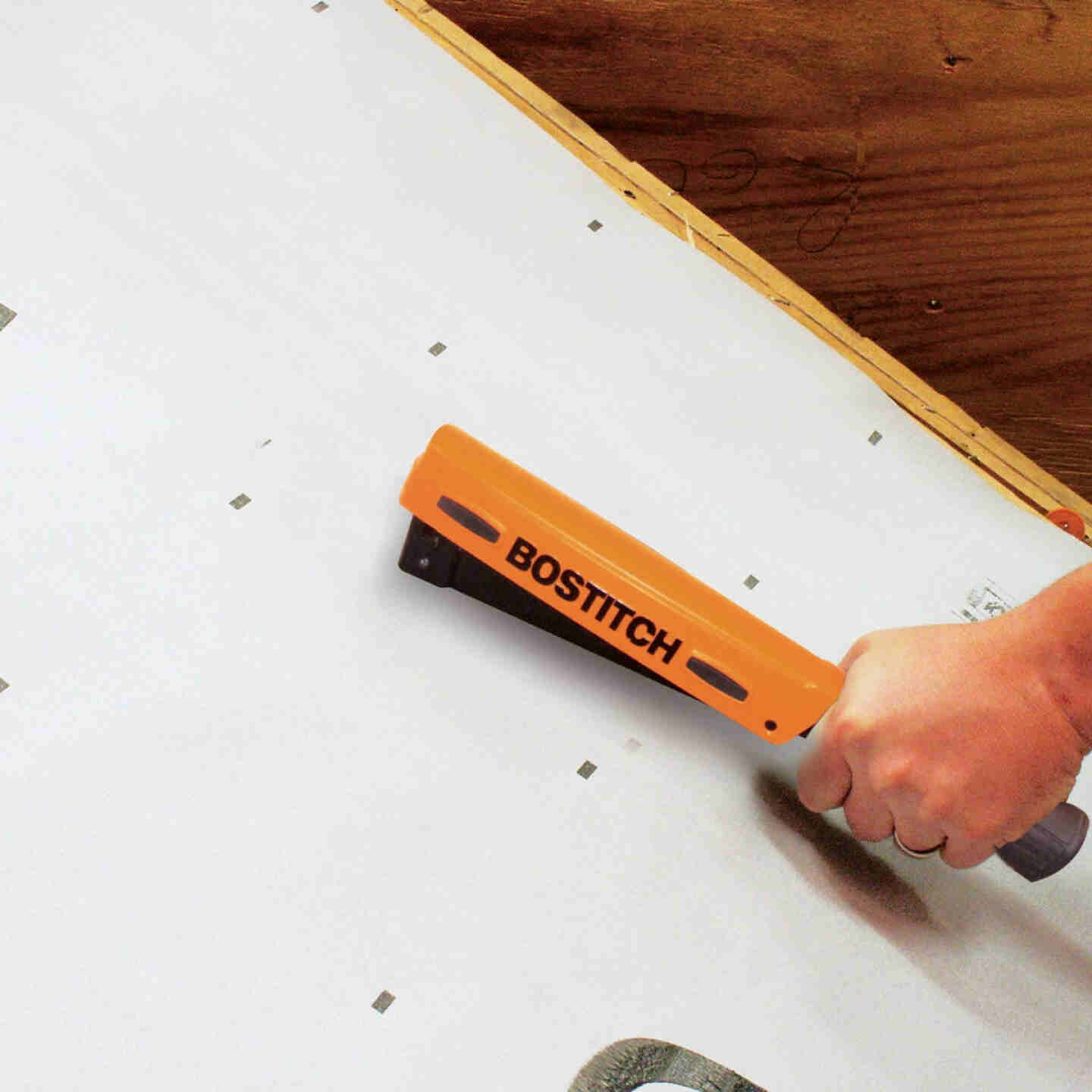 Bostitch PowerCrown Light-Duty Hammer Tacker with Holder Image 3